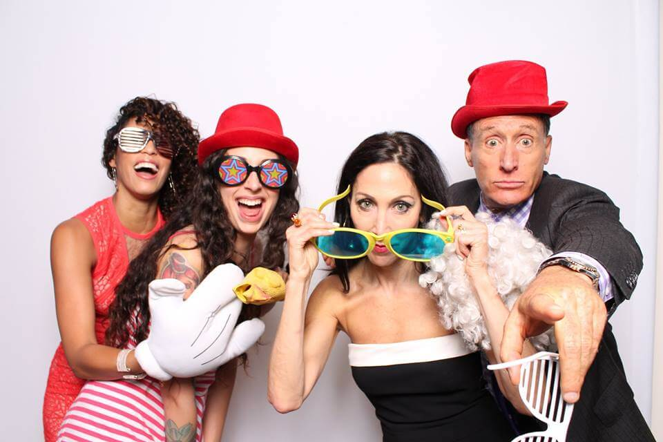 Photobooth Events with props. Arvada CO Photobooth Green Screen Events.